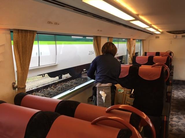 電車に高機能の窓ガラスフィルム施工をしました!